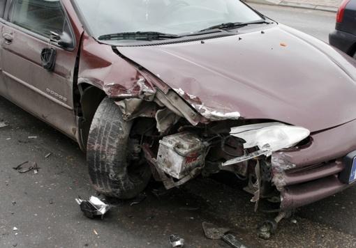 Piktadariai niokojo automobilius