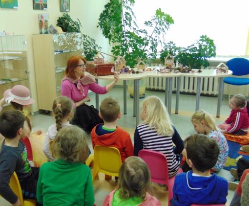 Šeimos laiką leisti renkasi Šiaulių miesto savivaldybės viešojoje bibliotekoje