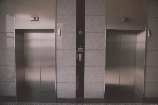 Klaipėdos policija išaiškino vaiko apiplėšimą lifte