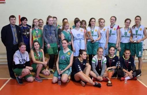 Gimnazijų krepšinio turnyras Simne