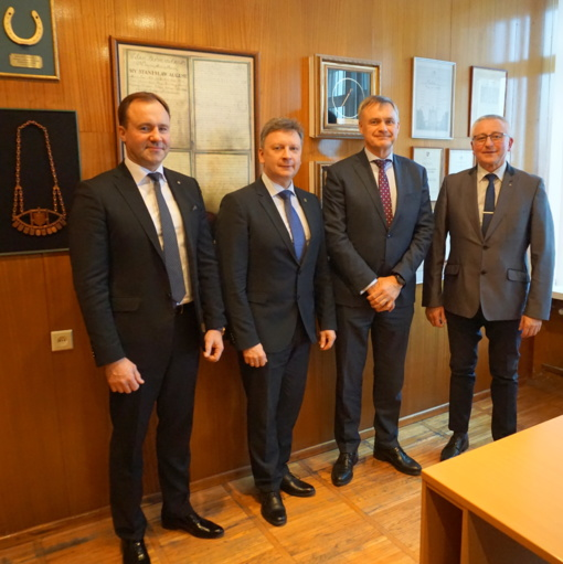 Lietuvos pramonininkų konfederacijos prezidentas Robertas Dargis lankėsi Plungėje