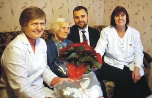 Pirminės sveikatos priežiūros centro medikai aplankė vyriausius pacientus