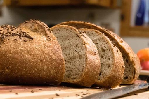 Ką valgau: duoną ar chemikalus?
