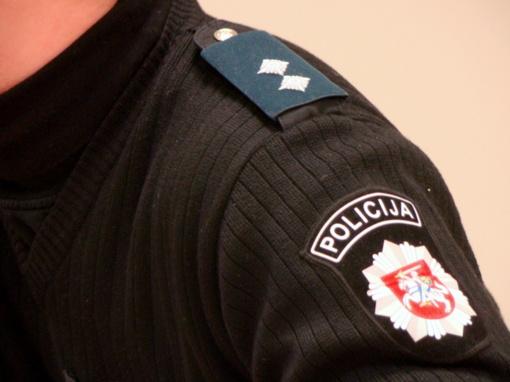Vilniaus policija atlieka tyrimą dėl į viešumą patekusio nuogos sulaikytosios vaizdo įrašo