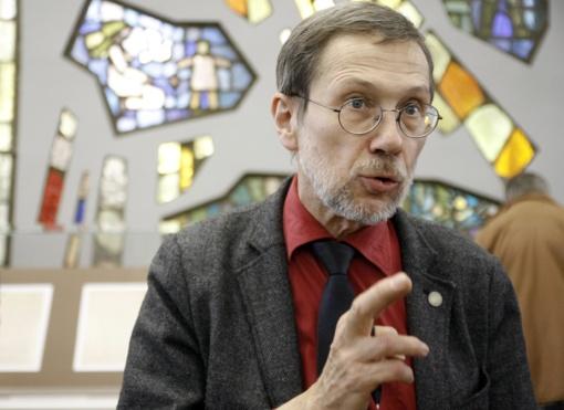 2017-ųjų S. Lozoraičio žurnalistinė premija - mokslininkui ir publicistui L. Mažyliui