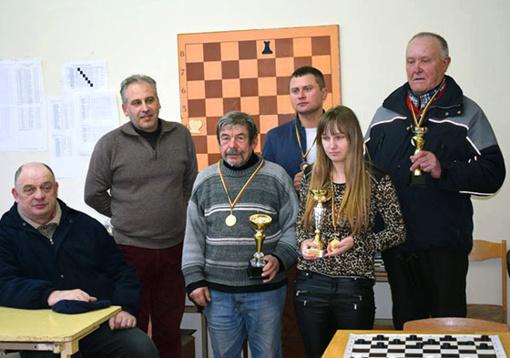 Kalėdinės šaškių ir šachmatų varžybos Radviliškio šachmatų klube