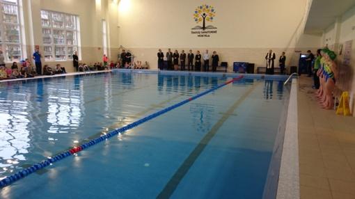 Šiaulių Sanatorinėje mokykloje šventė – atnaujintas 40 metų remonto nematęs baseinas (vaizdo reportažas)