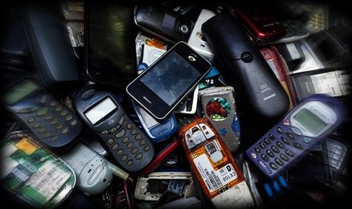 Kas atsitinka su į Lietuvą įvežamais 1,5 mln. mobiliųjų telefonų?