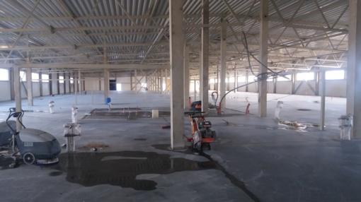 """Plungės meras lankėsi naujai statomoje UAB """"Hovden"""" gamykloje"""