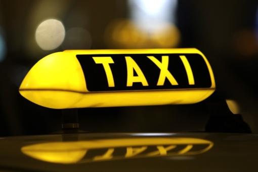 Mažeikiuose užpulta taksi vairuotoja