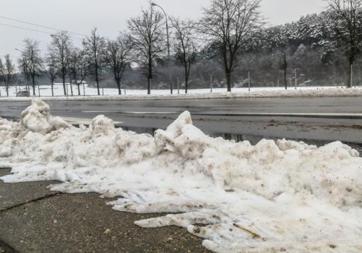 Orai: žiema nesnaudžia – savaitgalį atšals dar stipriau
