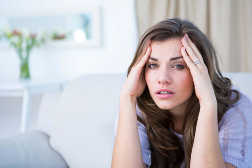 Nuovargio žymės veide: dermatologė pataria, kaip jų atsikratyti