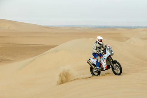 Pirmoji Dakaro dalis aplamdė B. Bardausko motociklą, bet lietuviui įspūdžių ir taip per akis