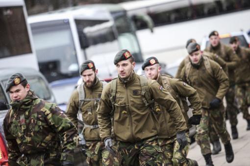 Pirmą kartą pagarbos bėgime dalyvavo ir NATO priešakinių pajėgų kovinės grupės kariai, dislokuoti Lietuvoje