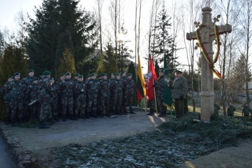 Seirijuose atidengtas paminklas krašto laisvės gynėjams atminti