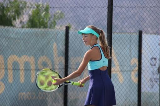 Šiauliuose vykusiame tarptautiniame jaunių teniso turnyre puikiai pasirodė Lietuvos tenisininkės