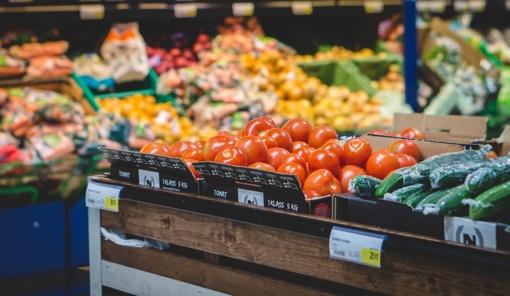 Tyrimas: kuris prekybos centras pirkėjams siūlo prekes už patraukliausias kainas?