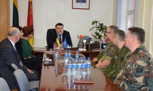 Lazdijuose lankėsi NATO pajėgų kariai