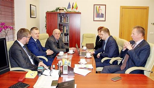 Savivaldybėje – susitikimas su Lietuvos ambasadoriumi Ukrainoje