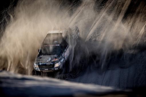 Dešimtajame Dakaro ralio etape B. Vanagas finišavo ant trijų ratų