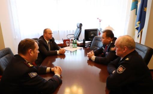 Meras R. Malinauskas susitiko su naujuoju Druskininkų ugniagesių vadu J. Jurčiukoniu