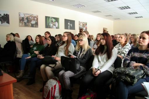 """VMI projektą """"Aplankyti 100 Lietuvos mokyklų"""" pradėjo pamoka Šiaulių profesinio rengimo centre"""