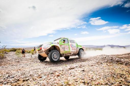 Lietuvos lenktynininkai gerina savo pozicijas Dakaro ralyje