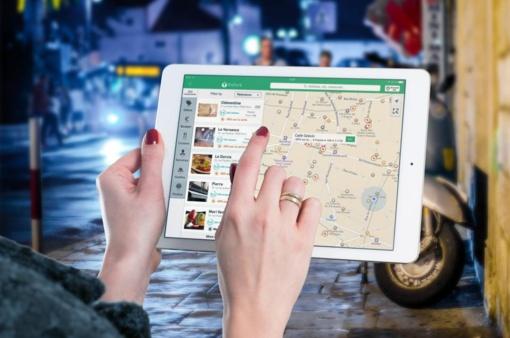 GPS navigacija – vairuotojų draugas, kuriuo kliautis aklai yra pavojinga
