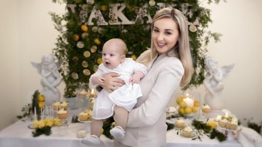 """Kūdikio susilaukusi šokėja E. Straleckaitė: """"Neverkiau, kai mažylė gimė"""""""