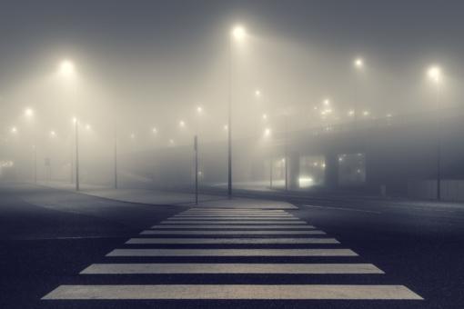 Naktį šalyje eismo sąlygas sunkins rūkas ir plikledis