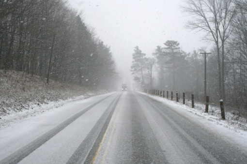 Kelininkai perspėja vairuoti itin atsargiai