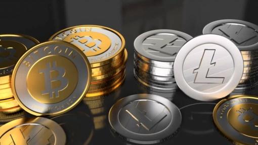 Kriptovaliutų rinkas smukdė griežtesnio reguliavimo grėsmė