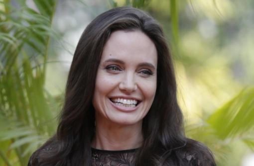 Angelinos Jolie pavyzdžiu seka vis daugiau Lietuvos moterų