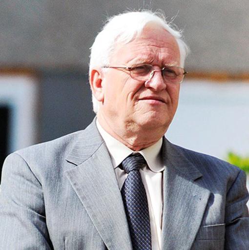 Mirė ilgametis LRT komisijos narys, mokslų daktaras B. Šalkus