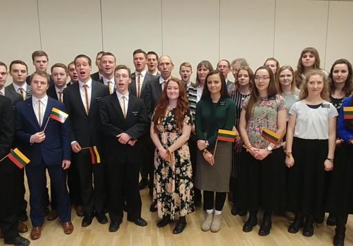 JAV piliečiai sveikina Lietuvą (vaizdo medžiaga)