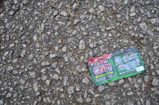 Loterijų organizatoriai pasipiktino siūlymu neparduoti bilietų paaugliams