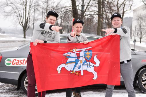 Lietuvos 100-čio proga lietuviai bandys rekordiškai apvažiuoti aplink Lietuvą automobiliu