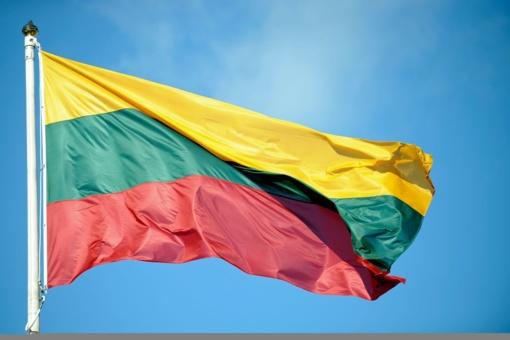 Kaune nuo pastatų pavogtos 4 valstybės vėliavos
