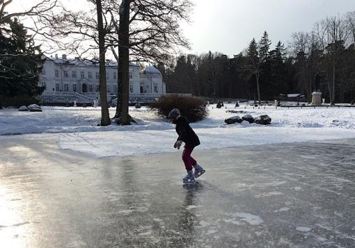 Palangoje žiemos pramogų mėgėjus netrukus pakvies dvi čiuožyklos