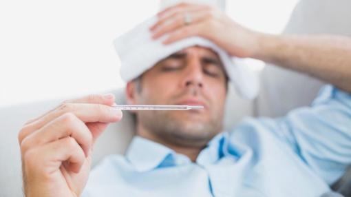 Medikai perspėja: gripo komplikacijų grėsmė išlieka net susilpnėjus ligos simptomams