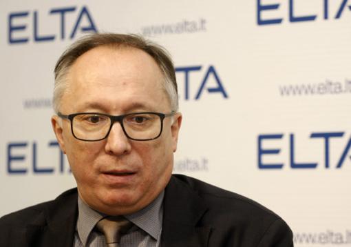 Laikinai stabdoma Seimo Pirmininko visuomeninio patarėjo prof. A. Krupavičiaus veikla