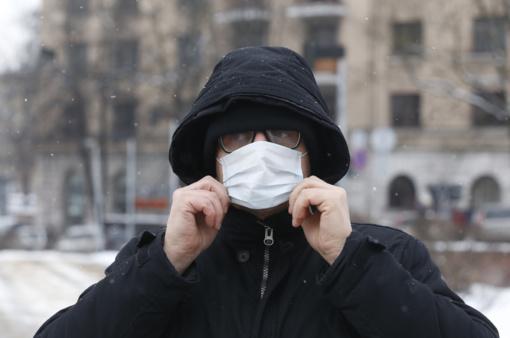 Medicininė kaukė ar muilas: vaistininkas atsako, kaip saugotis įvairių virusų