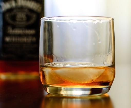 Alkoholiu svaiginasi net pusė šalies devintokų