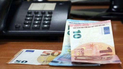 """""""Chirurgu"""" patikėjusi moteris neteko beveik 4 tūkst. eurų"""
