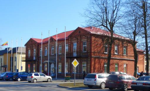 Kelmės rajono savivaldybė ir Užimtumo tarnyba suinteresuoti grąžinti žmones į visuomenę