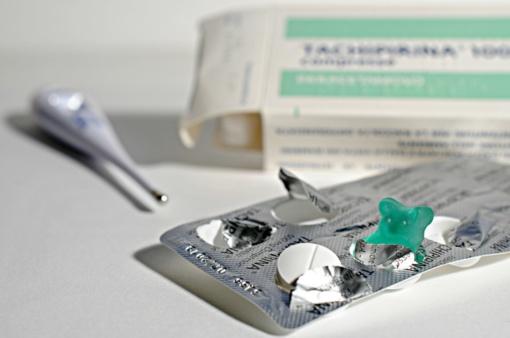 Gripas nesustabdo: epidemijos metu 25 proc. žmonių ėjo į darbą sirgdami