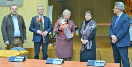 Jurbarko rajono savivaldybė atsisveikino su dviem darbuotojomis