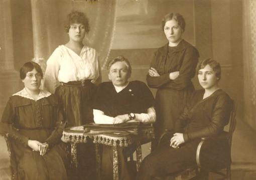 G. Petkevičaitė-Bitė pretendavo tapti pirmąja moterimi prezidente pasaulyje