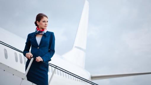 Malaizijos lėktuve apsinuoginusį keleivį teko surišti