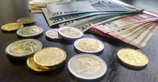 Analitikai ir Finansų ministerija sutinka, kad mažesni, nei planuota, surinkti mokesčiai ilgalaikių tendencijų nerodo